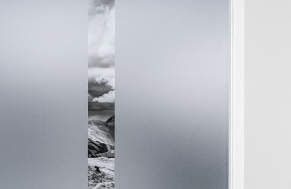 Mat glas met verticale lijn